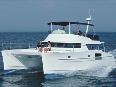 Sale the yacht CUMBERLAND 44