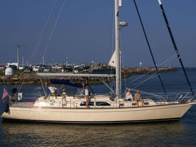 Sale the yacht Island Packet 485