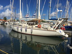 Sailing yacht for sale Amel Super Maramu 2000 «Life is good»