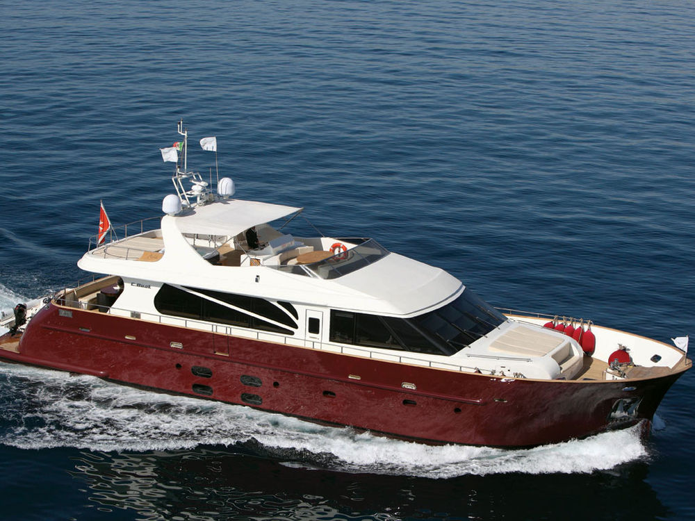 Yacht for sale motor yacht c boat 27m classic for sale for Vintage motor yachts for sale
