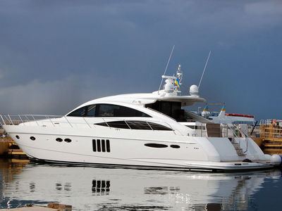 Sale the yacht Princess V65