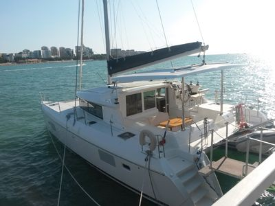 Sale the yacht Lagoon 420