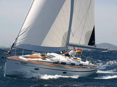 Sale the yacht Bavaria 39