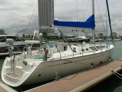 Sale the yacht Sun Odyssey 43