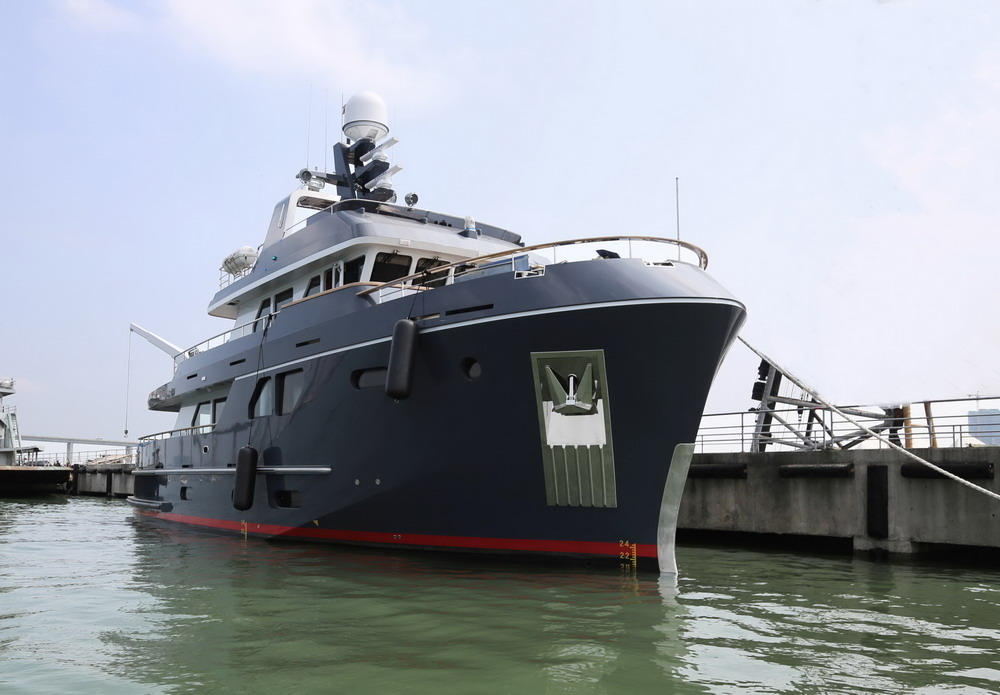 Yacht For Sale Gt Motor Yacht Bering 80 Veda For Sale