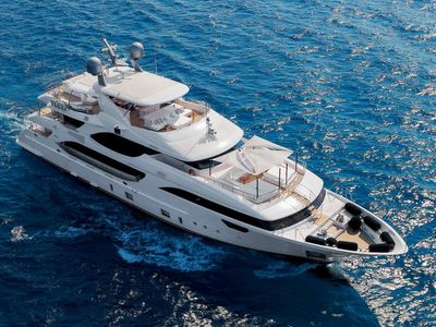 Sale the yacht Benetti Crystal 140'