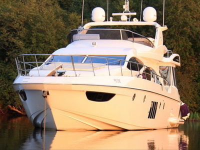 Sale the yacht Azimut 70' «Angel»