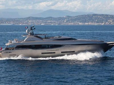 Sale the yacht Peri 37m